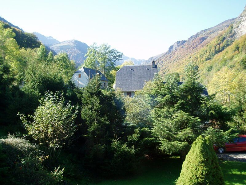 french pyrenees holidays