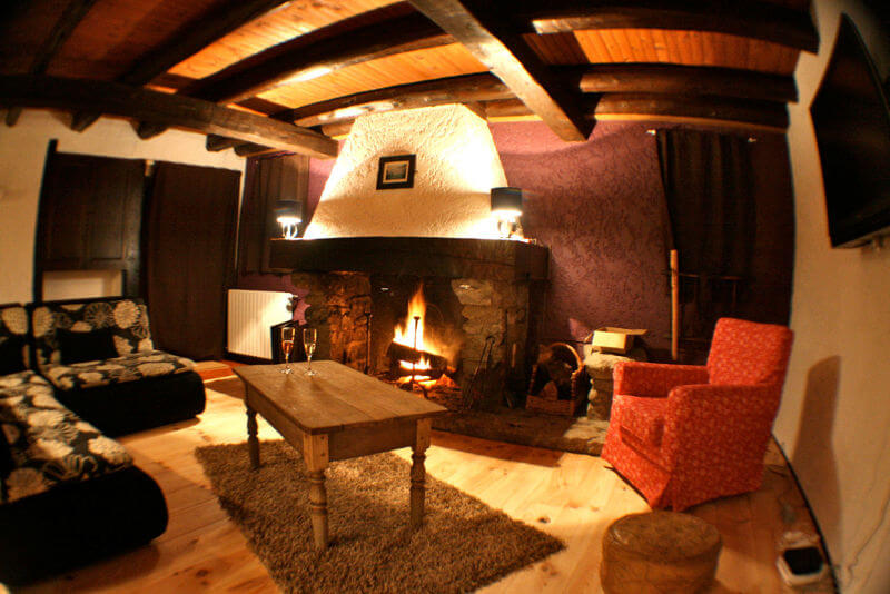 holiday cottages pyrenees